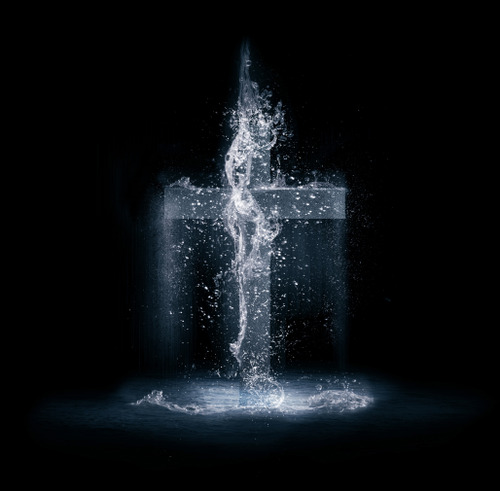 Water splashing in the shape of a cross